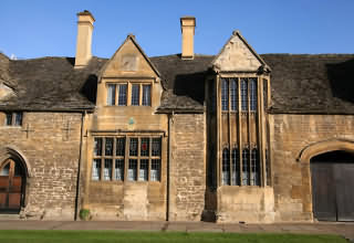 the oldest house in Chipping Campden built 1380